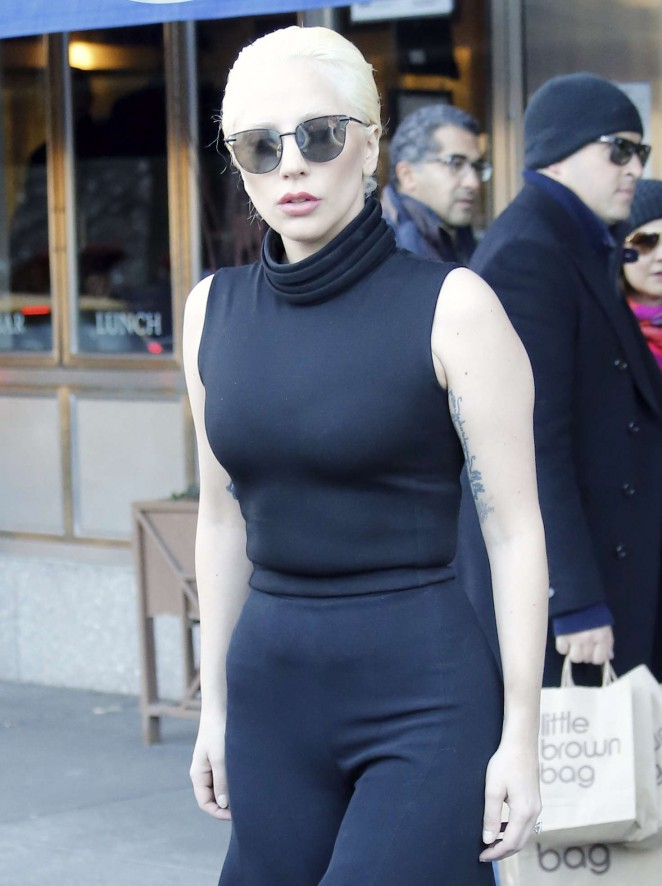 Lady Gaga - Leaving her apartment in New York City