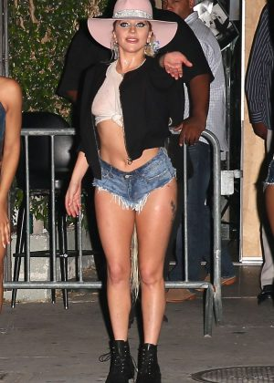 Lady Gaga on Dive Bar Tour in Silver Lake