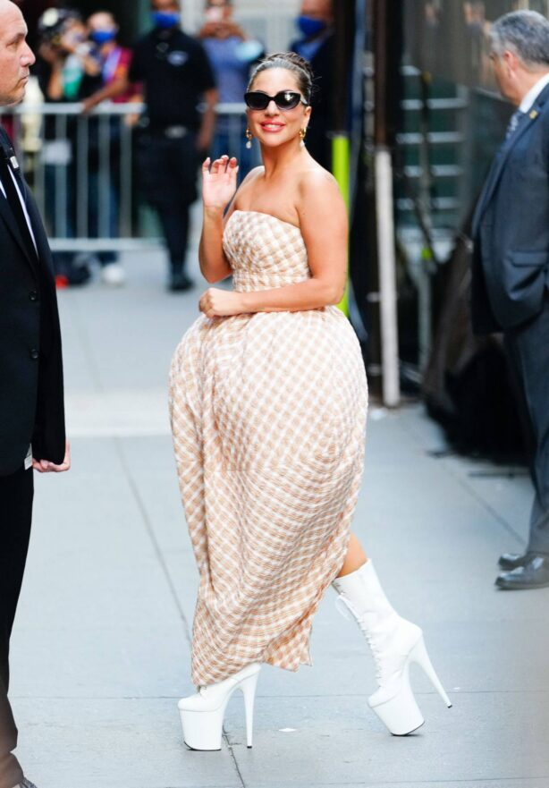 Lady Gaga - on the streets of Manhattan in New York City