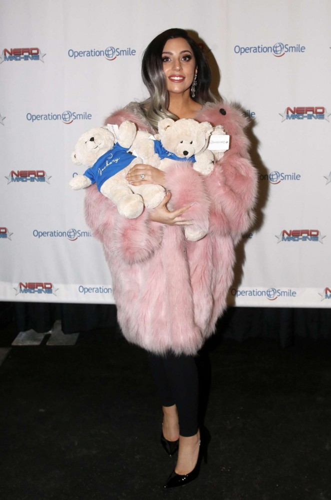 Lady Gaga: 2015 Operation Smile Charity Event -03