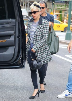 Lady Gaga - Out in New York
