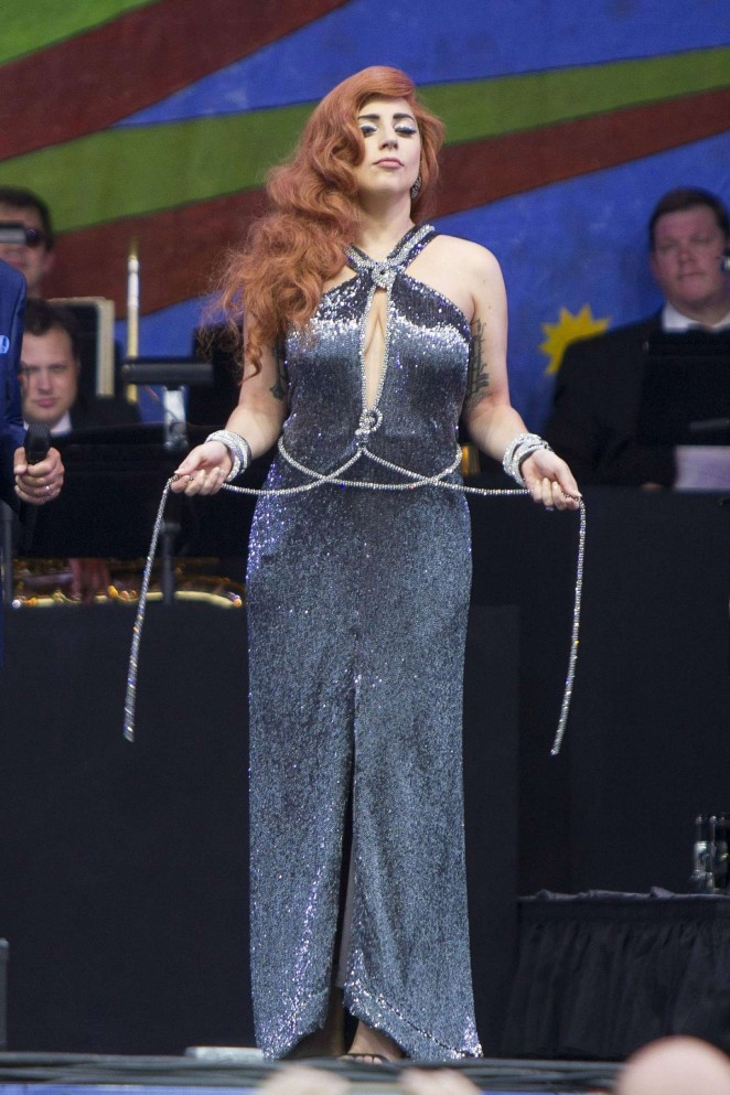 Lady Gaga - Perform at The New Orleans Jazz & Heritage Festival