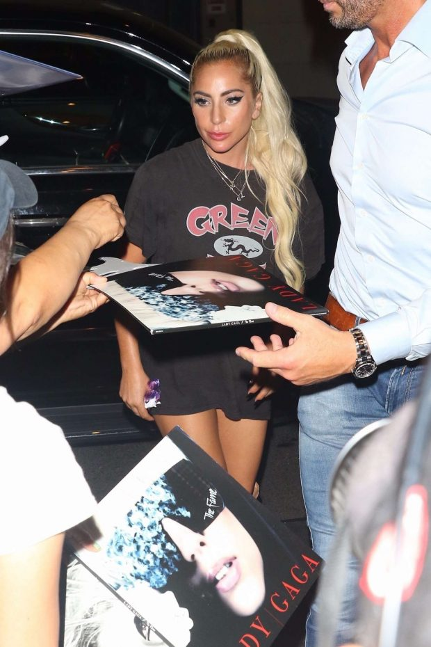 Lady Gaga: Returns to her Hotel in New York-05
