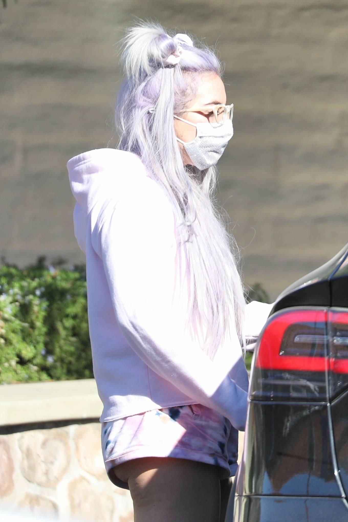 Lady Gaga - Steps out in Malibu