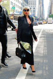 Lady Gaga with flower bouquet in New York City