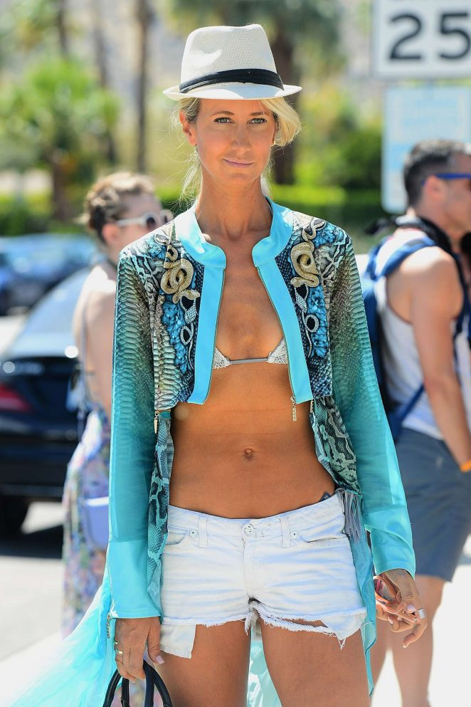 Lady Victoria Hervey - 2017 Coachella Music Festival in Indio
