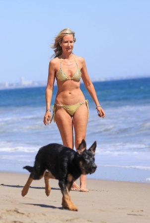 Lady Victoria Hervey - Bikini candids in Malibu