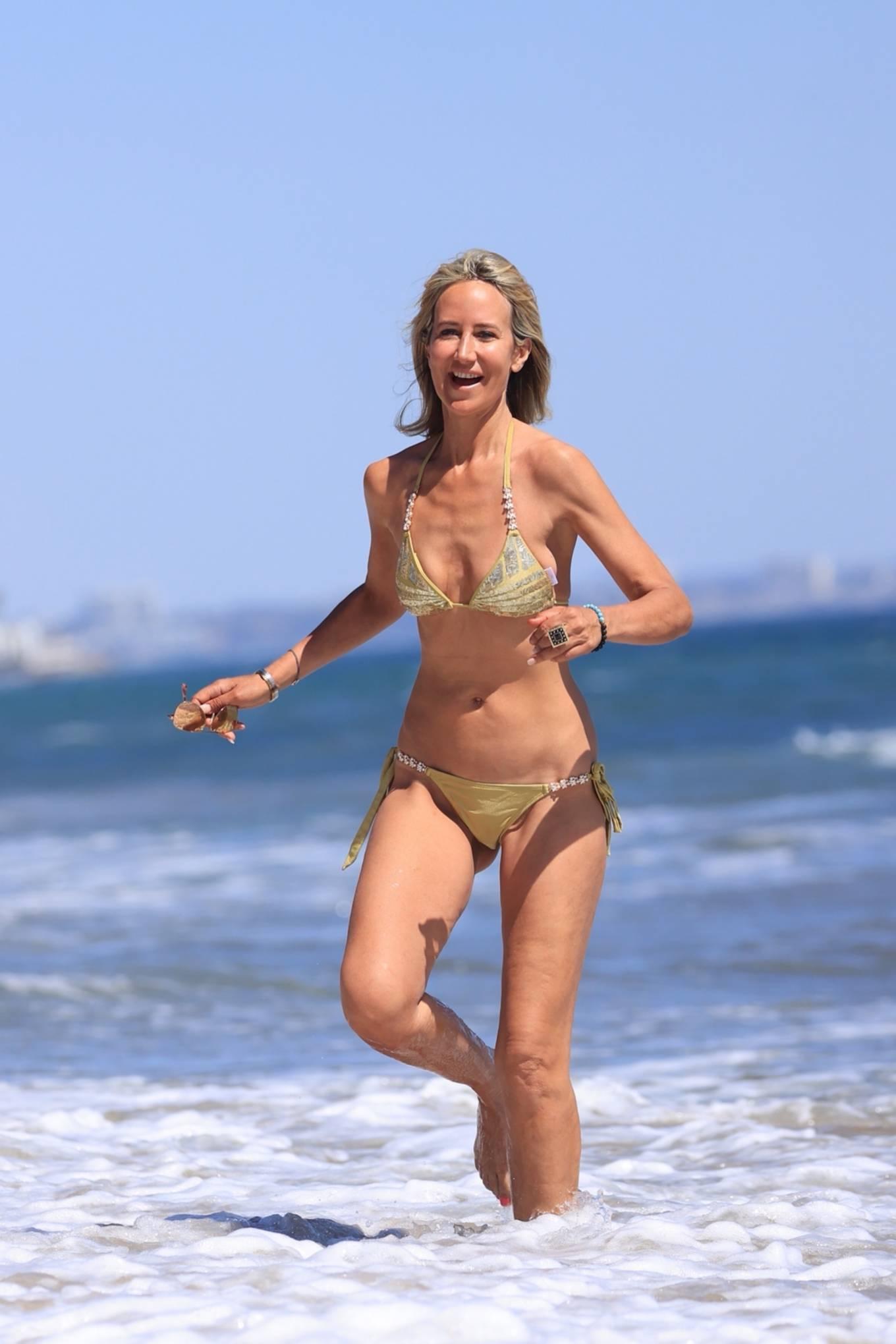 Lady Victoria Hervey 2021 : Lady Victoria Hervey – Bikini candids in Malibu-08