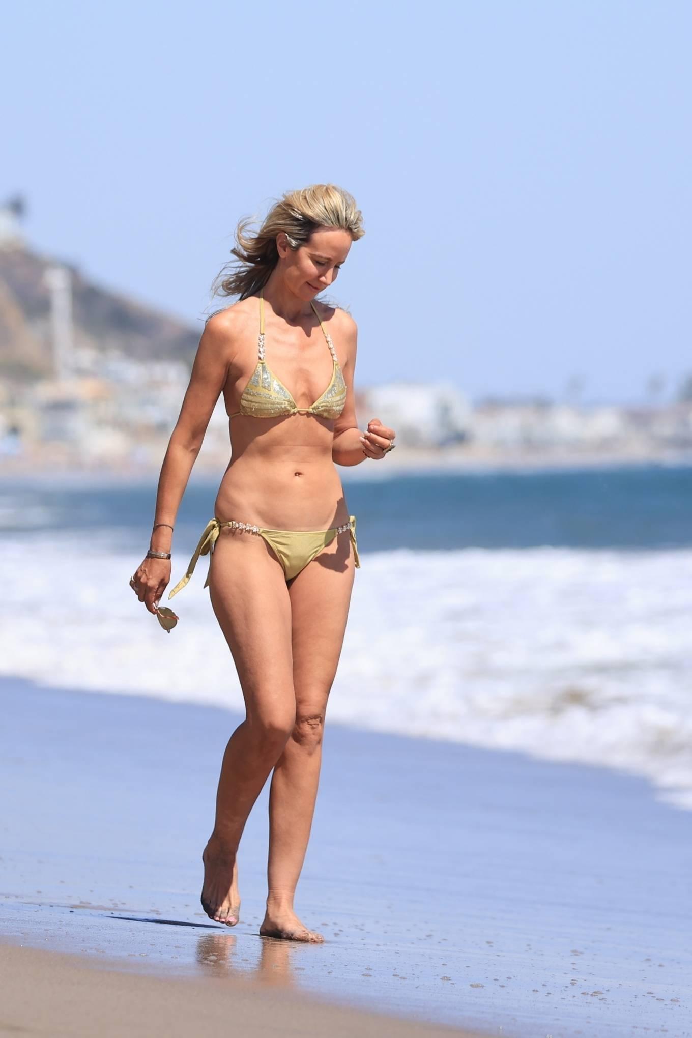 Lady Victoria Hervey 2021 : Lady Victoria Hervey – Bikini candids in Malibu-14