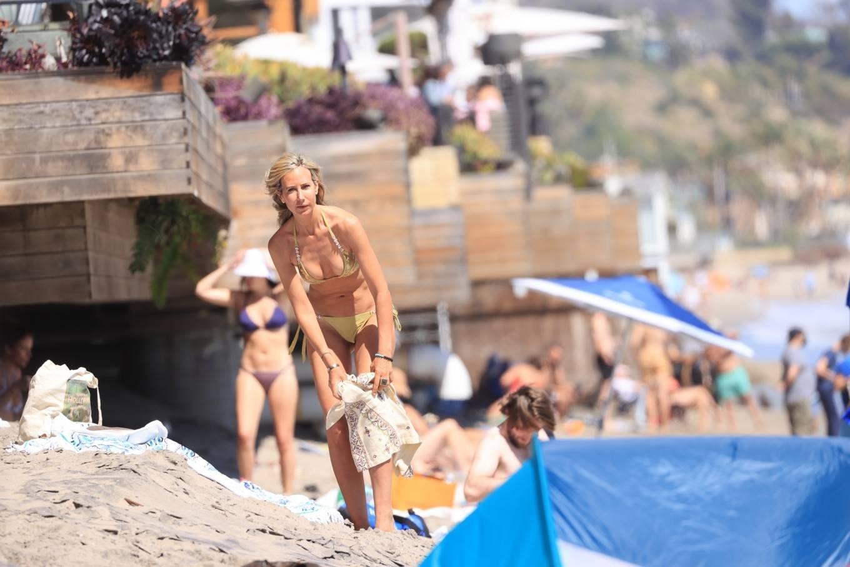 Lady Victoria Hervey 2021 : Lady Victoria Hervey – Bikini candids in Malibu-15