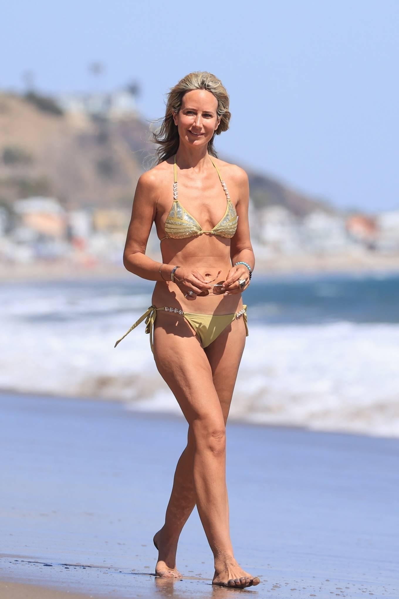 Lady Victoria Hervey 2021 : Lady Victoria Hervey – Bikini candids in Malibu-26