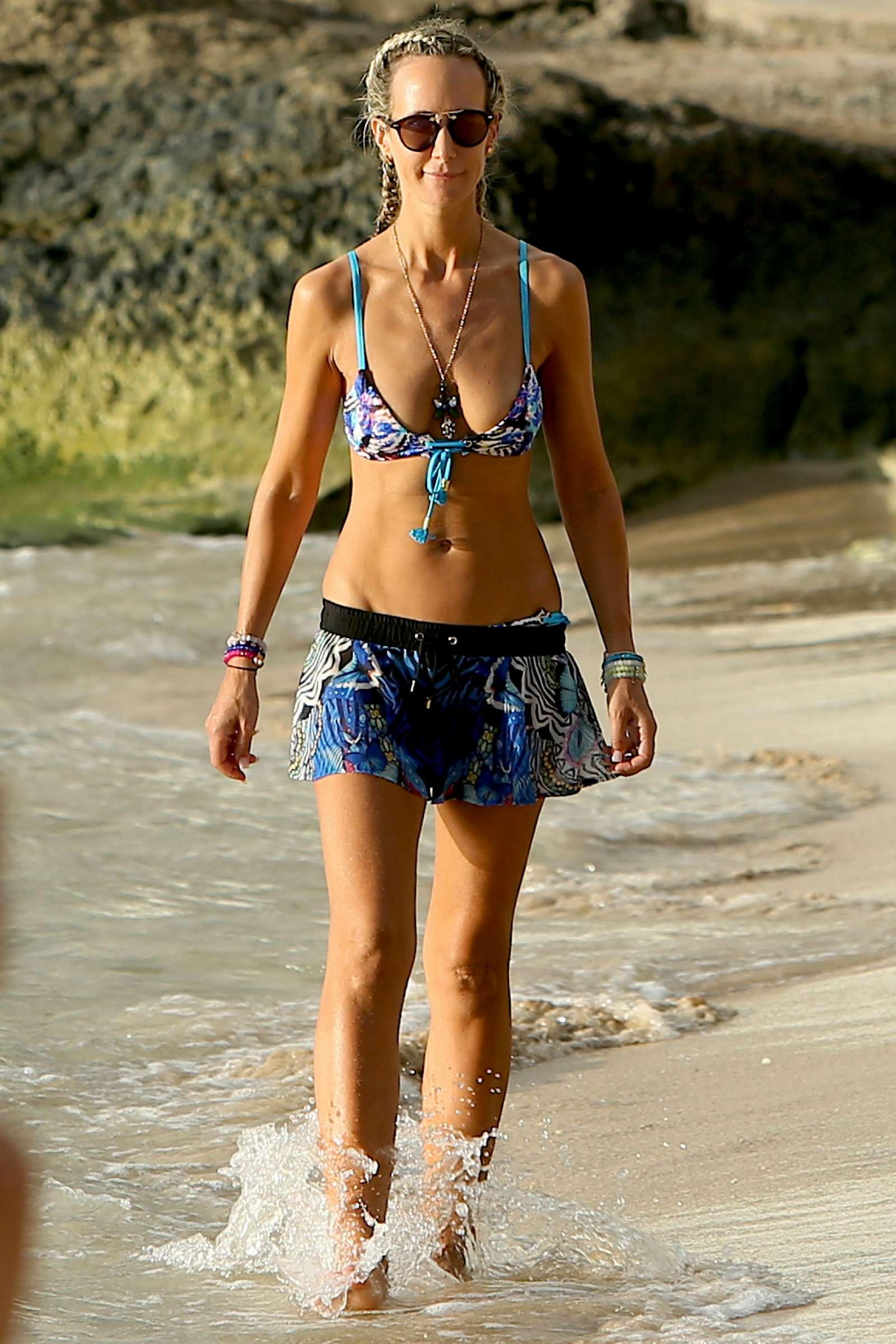 Lady Victoria Hervey 2017 : Lady Victoria Hervey in Bikini 2017 -43