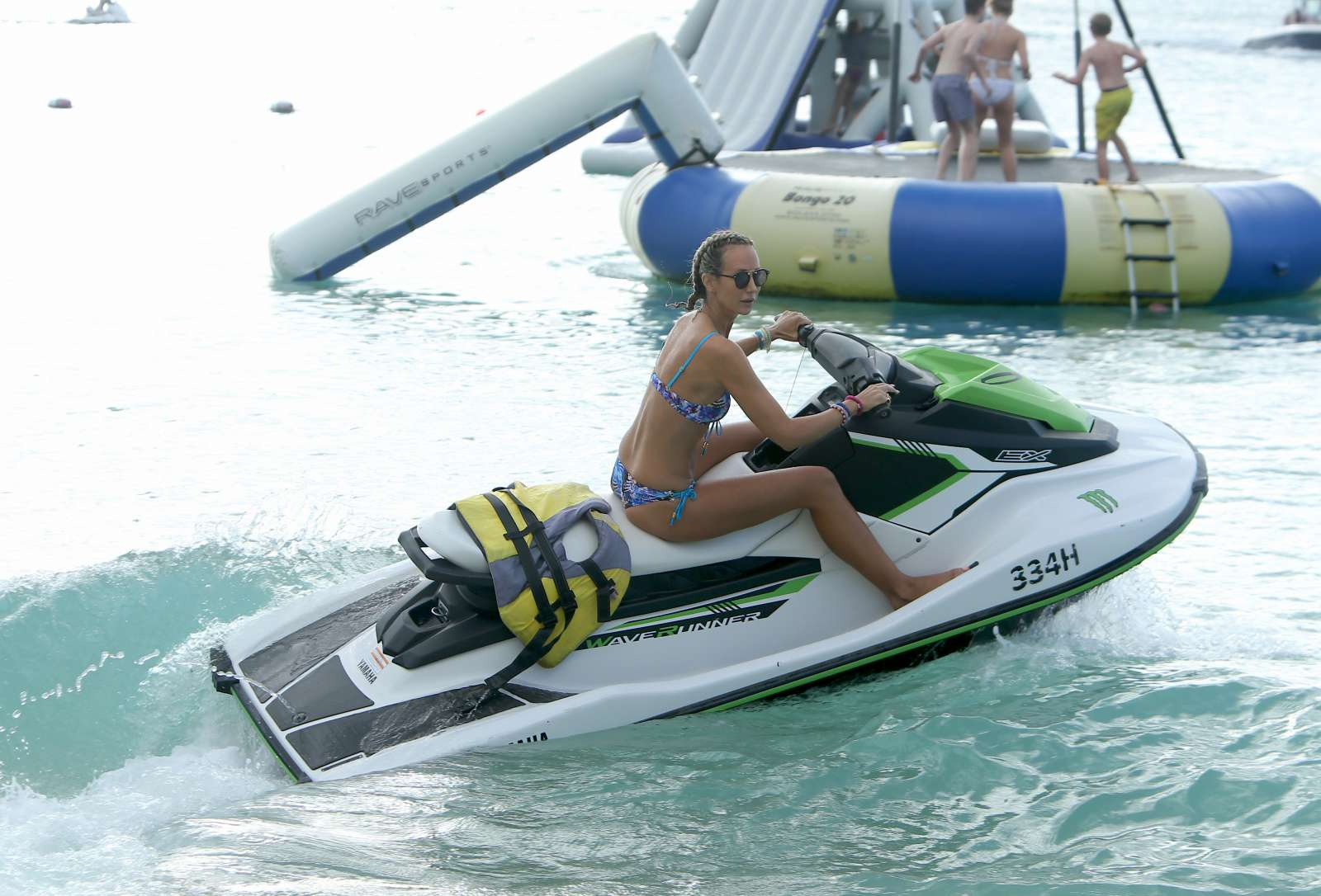 Lady Victoria Hervey 2017 : Lady Victoria Hervey in Bikini 2017 -49