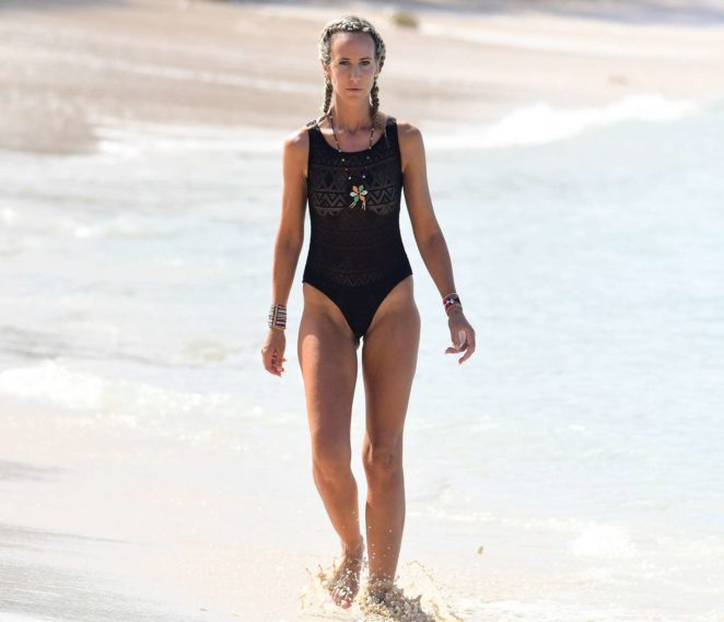 Lady Victoria Hervey 2017 : Lady Victoria Hervey in Black Swimsuit -20