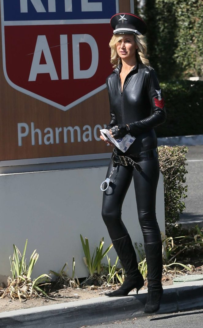 Lady Victoria Hervey in Leather -08