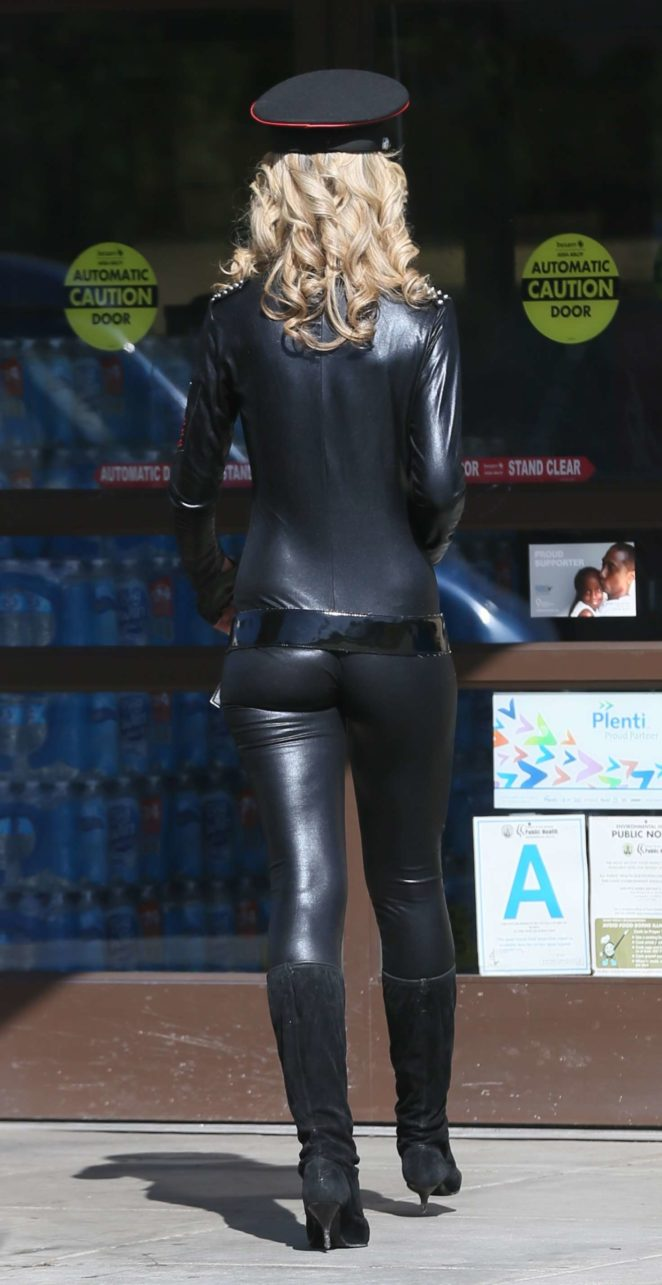 Lady Victoria Hervey in Leather -13
