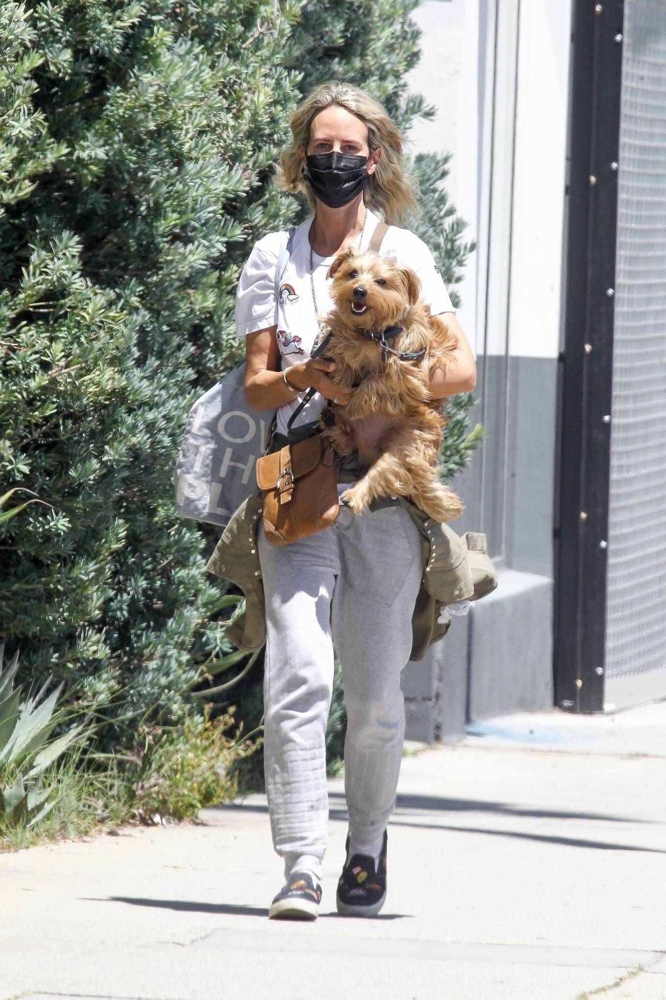 Lady Victoria Hervey 2020 : Lady Victoria Hervey – Out for a walk with her dog in West Hollywood-03
