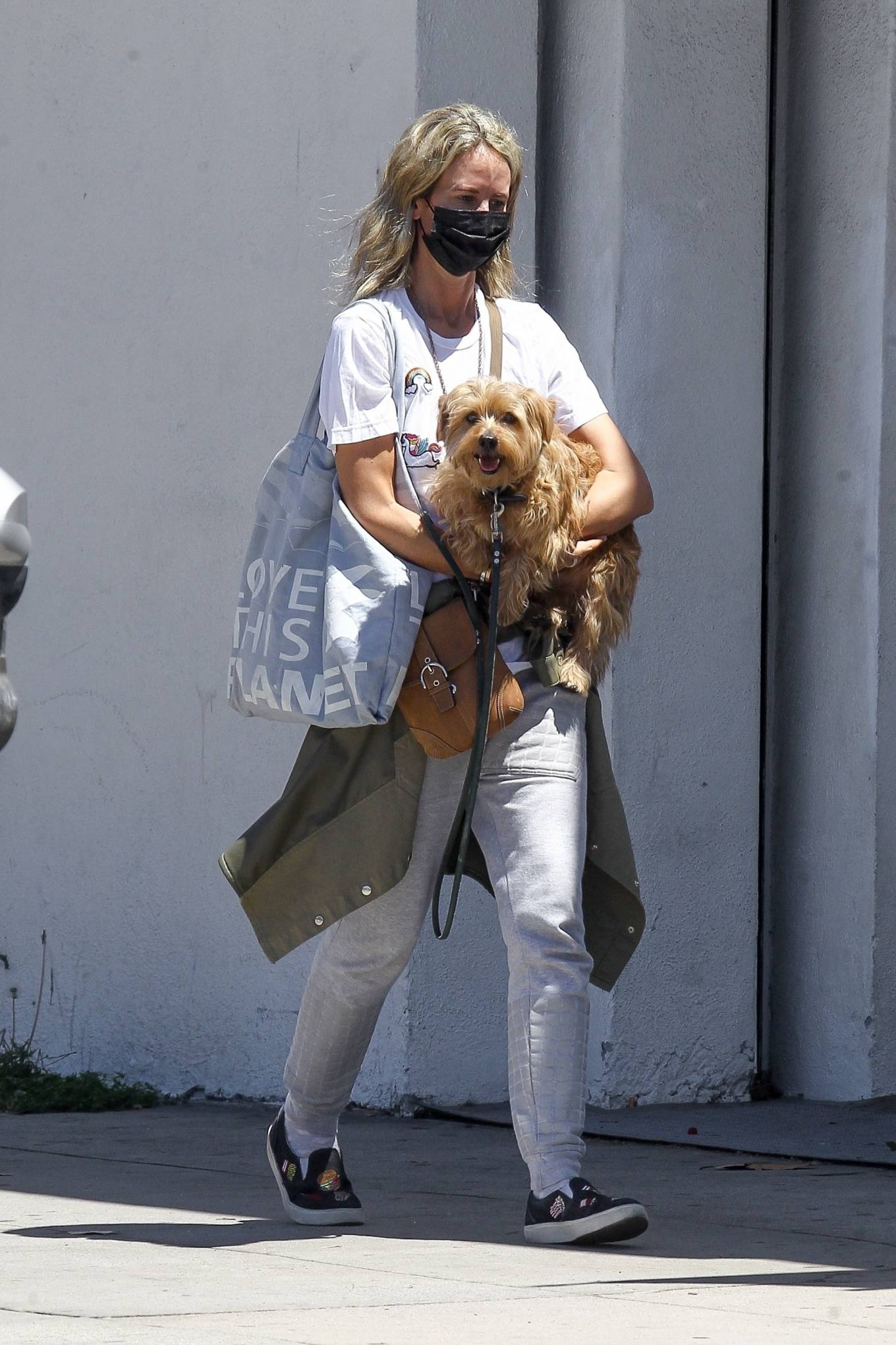 Lady Victoria Hervey 2020 : Lady Victoria Hervey – Out for a walk with her dog in West Hollywood-05
