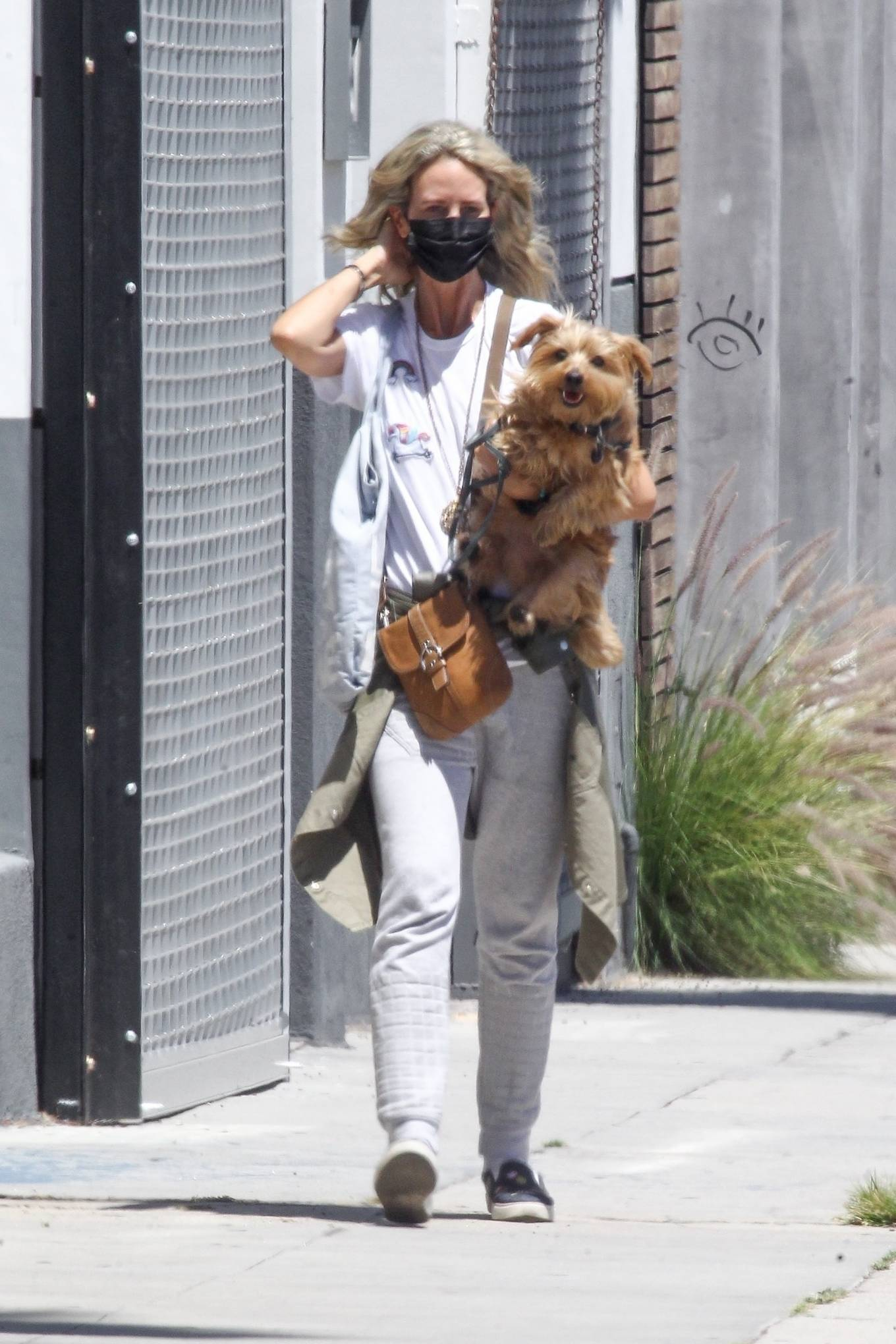 Lady Victoria Hervey 2020 : Lady Victoria Hervey – Out for a walk with her dog in West Hollywood-15