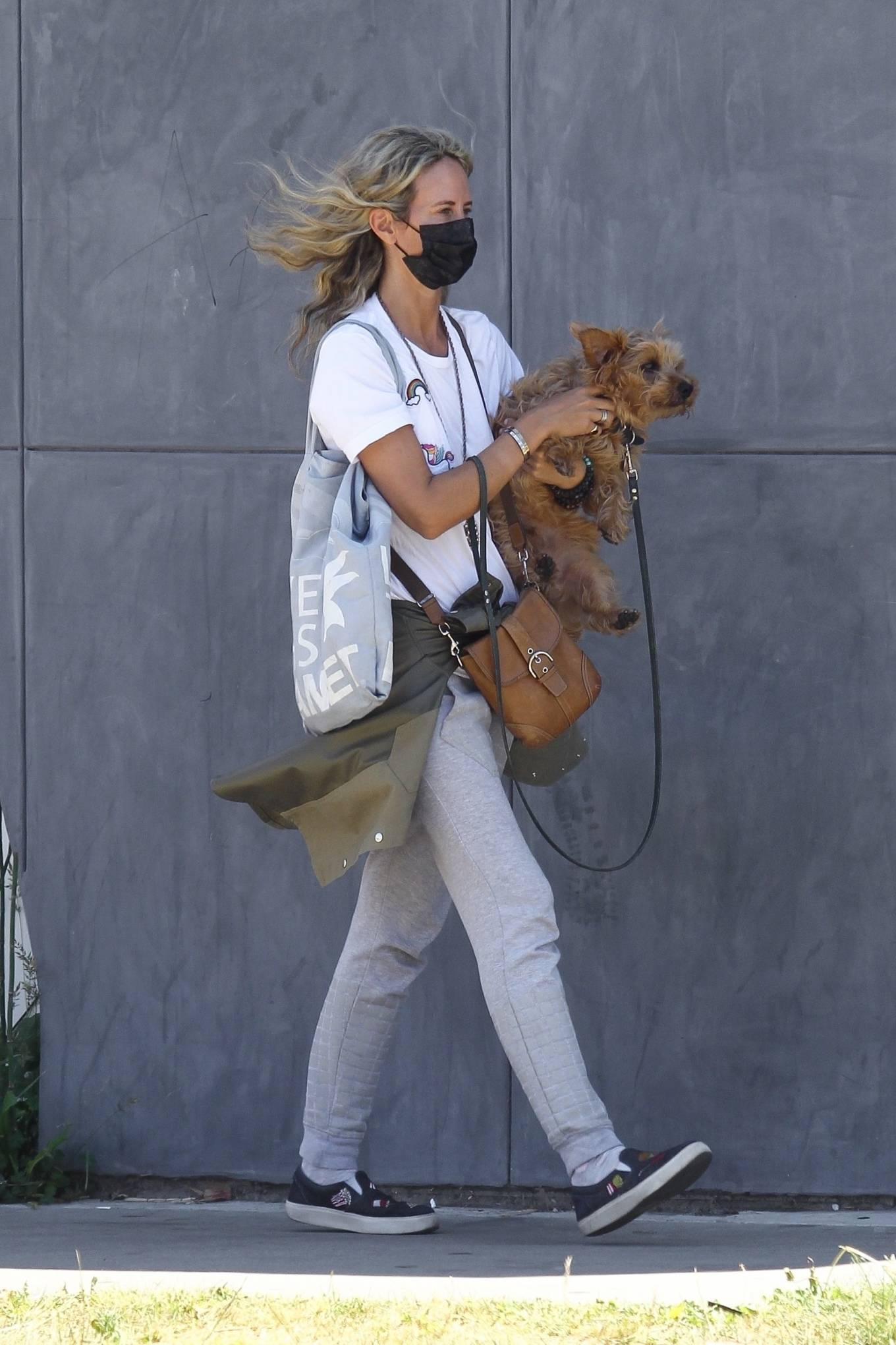 Lady Victoria Hervey 2020 : Lady Victoria Hervey – Out for a walk with her dog in West Hollywood-20