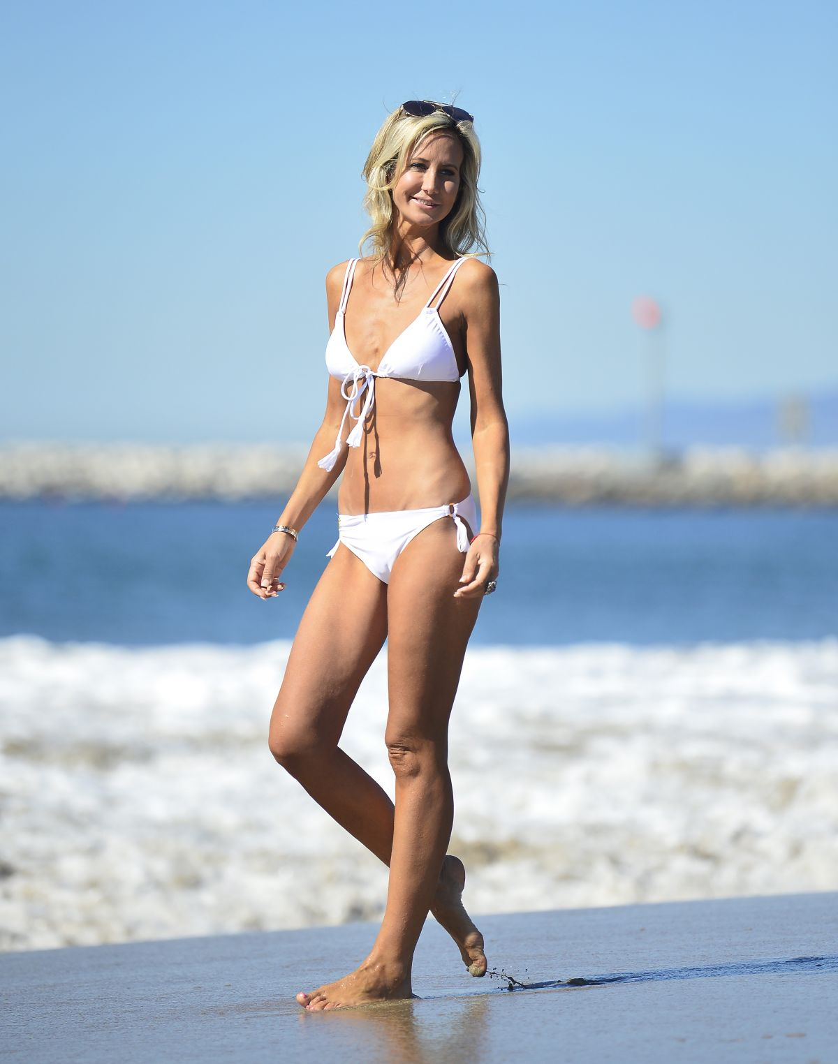 Lady Victoria Hervey – White Bikini Candids At A Beach In Malibu