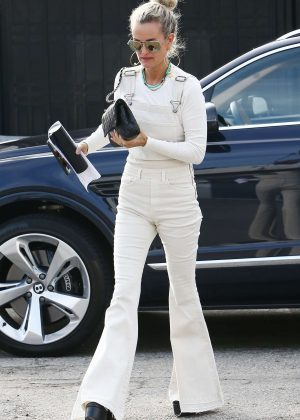 Laeticia Hallyday - Heading to the Salon in Beverly Hills