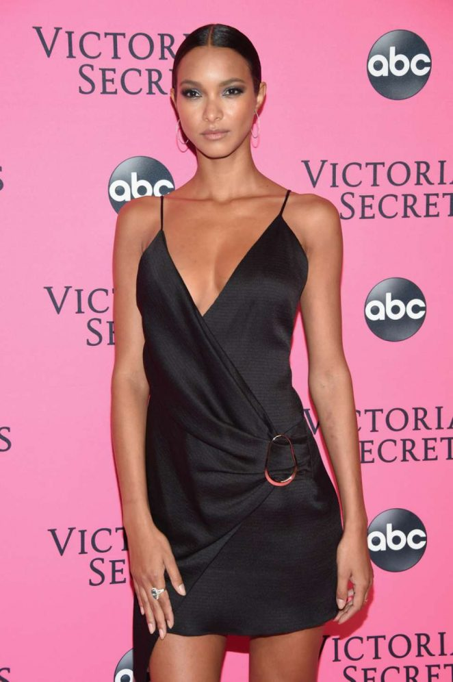 Lais Ribeiro – 2018 Victoria's Secret Viewing Party in New York