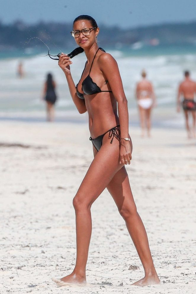 Lais Ribeiro in Black Bikini on the beach in Tulum