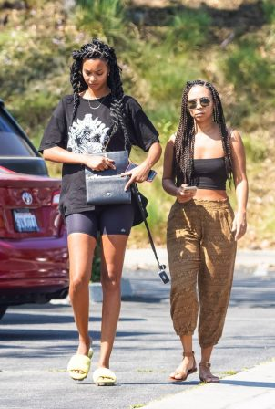 Lais Ribeiro - Out with a friend in Malibu