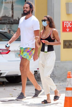 Lais Ribeiro - Seen with basketball player Joakim Noah in Miami