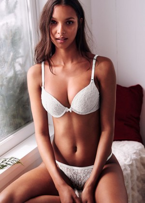 Lais Ribeiro - Victoria's Secret (September 2015)