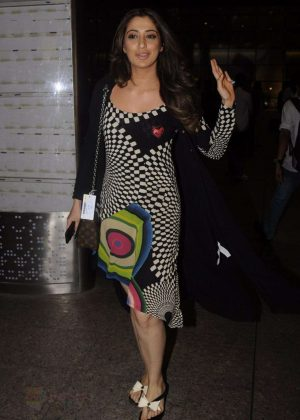 Lakshmi Rai at Airport in Mumbai
