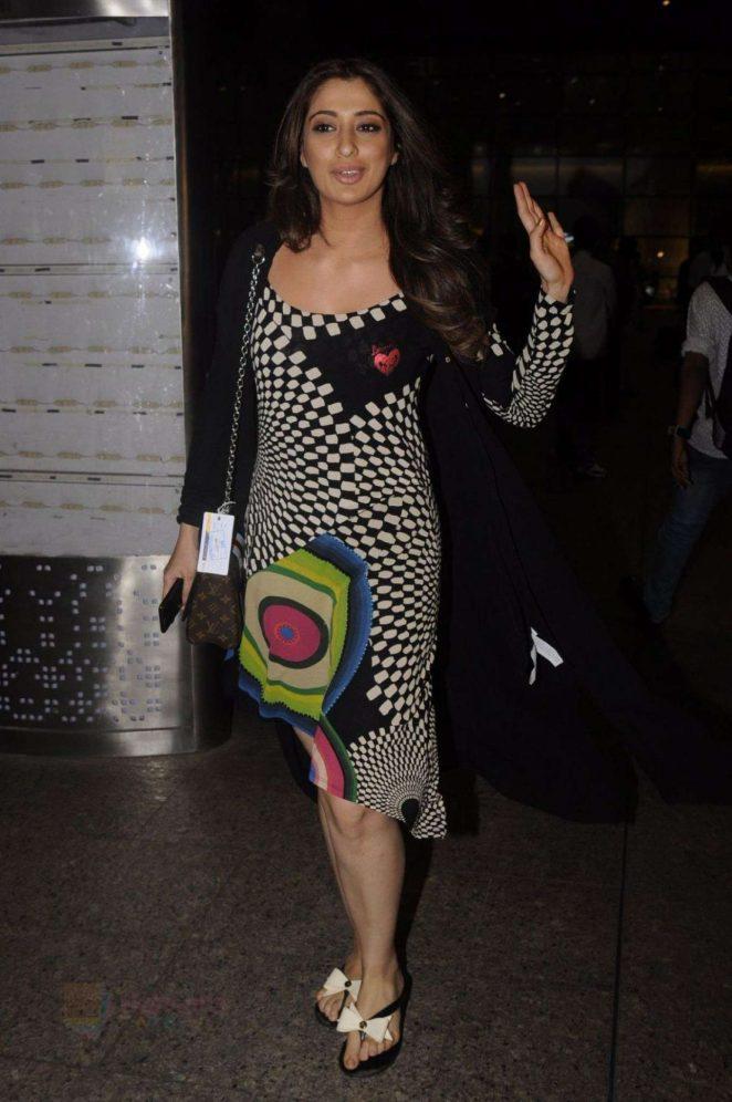 Lakshmi Rai at Airport in Mumbai