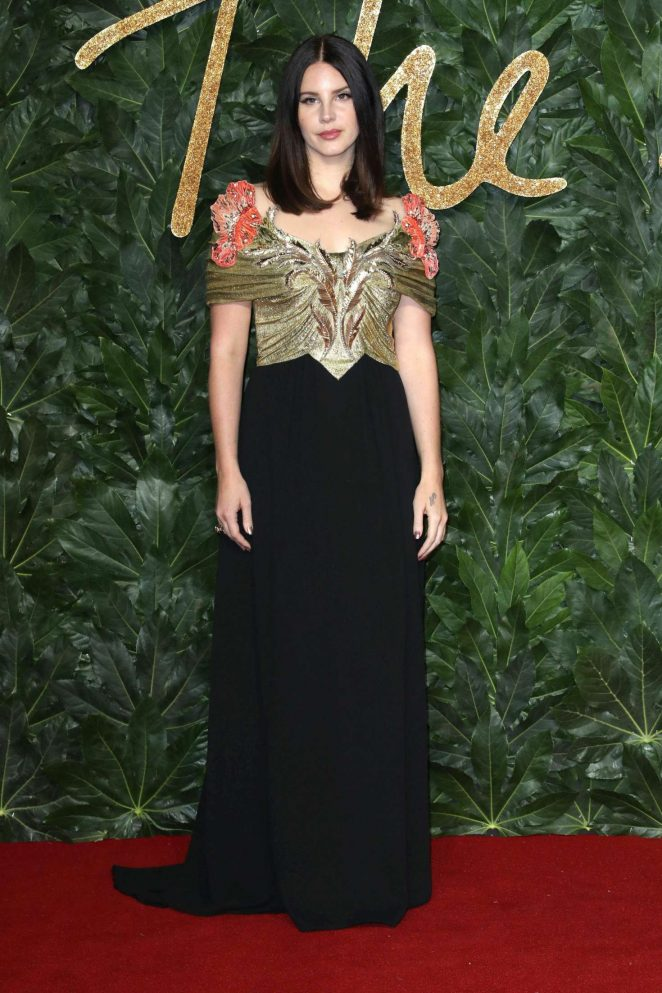Lana Del Rey – 2018 British Fashion Awards in London