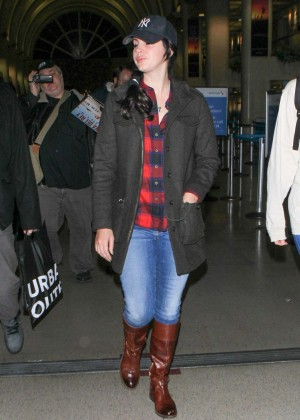Lana Del Rey at Los Angeles International Airport