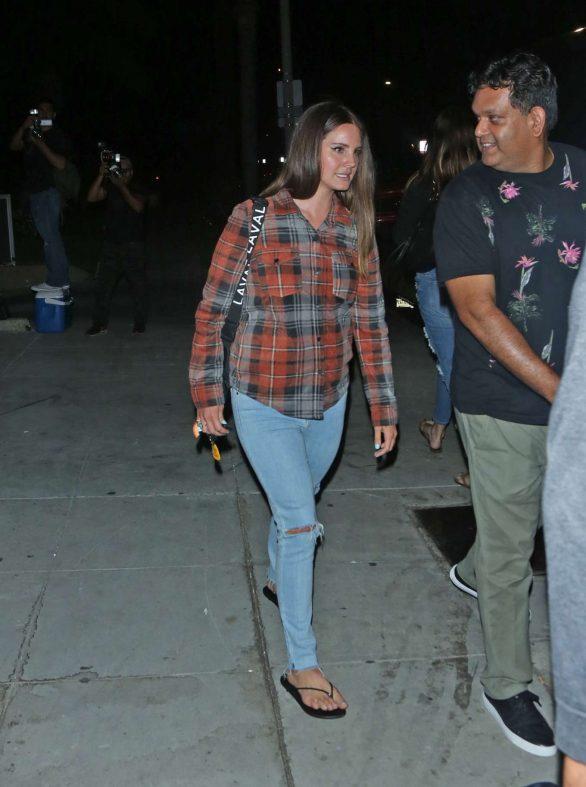 Lana Del Rey 2019 : Lana Del Rey seen leaving church service tonight in Beverly Hills-05