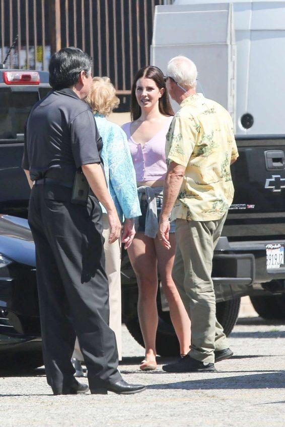 Lana Del Rey 2019 : Lana Del Rey – Shoots a music video in Los Angeles-27