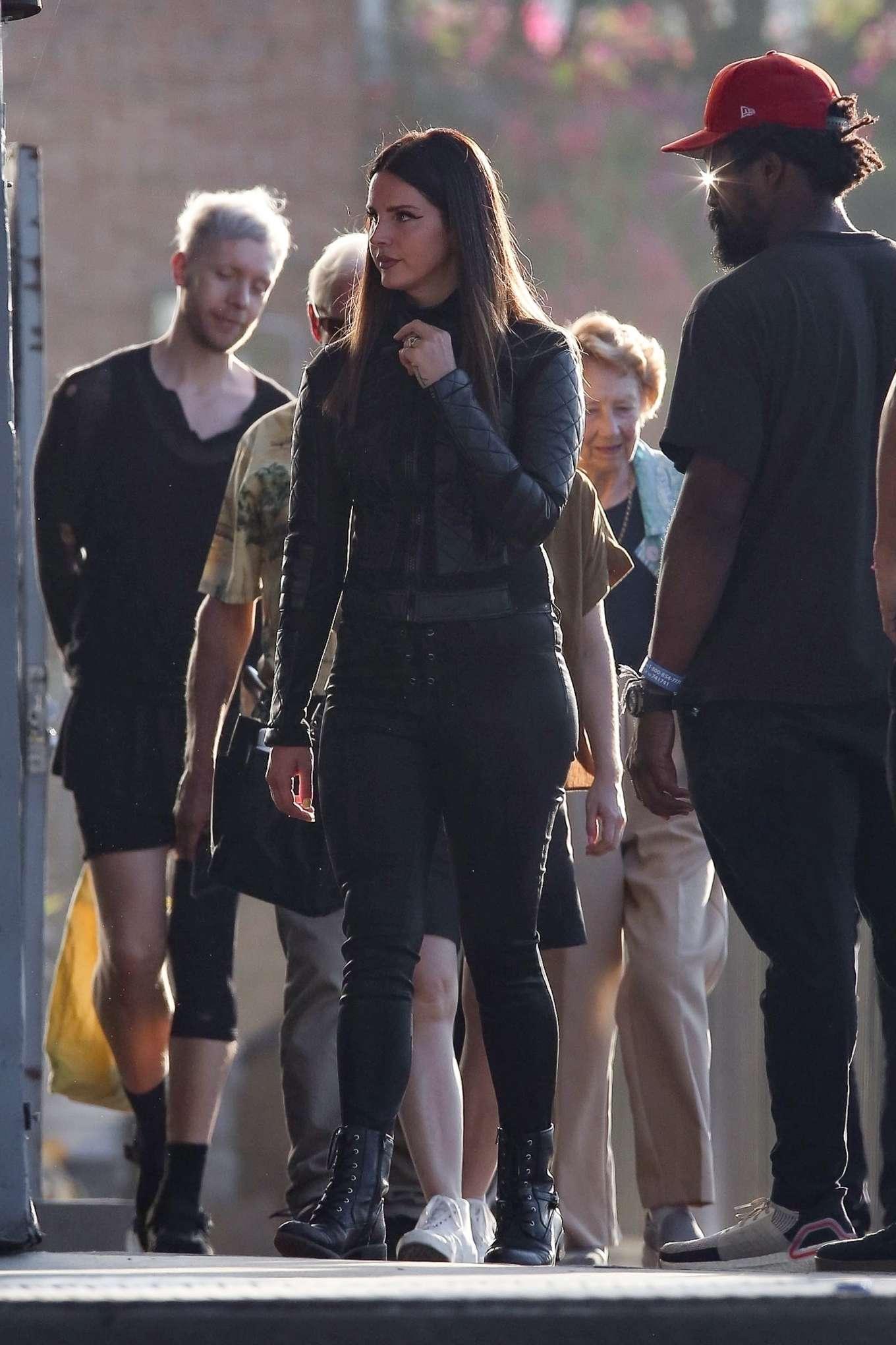 Lana Del Rey 2019 : Lana Del Rey – Shoots a music video in Los Angeles-40