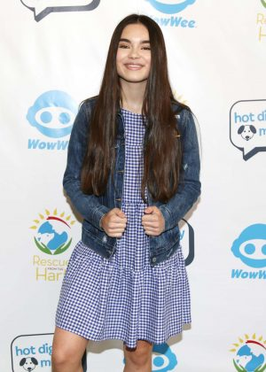 Landry Bender - Celebrities To The Rescue in Los Angeles