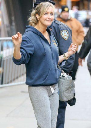 Lara Spencer - Leaving Good Morning America in New York City