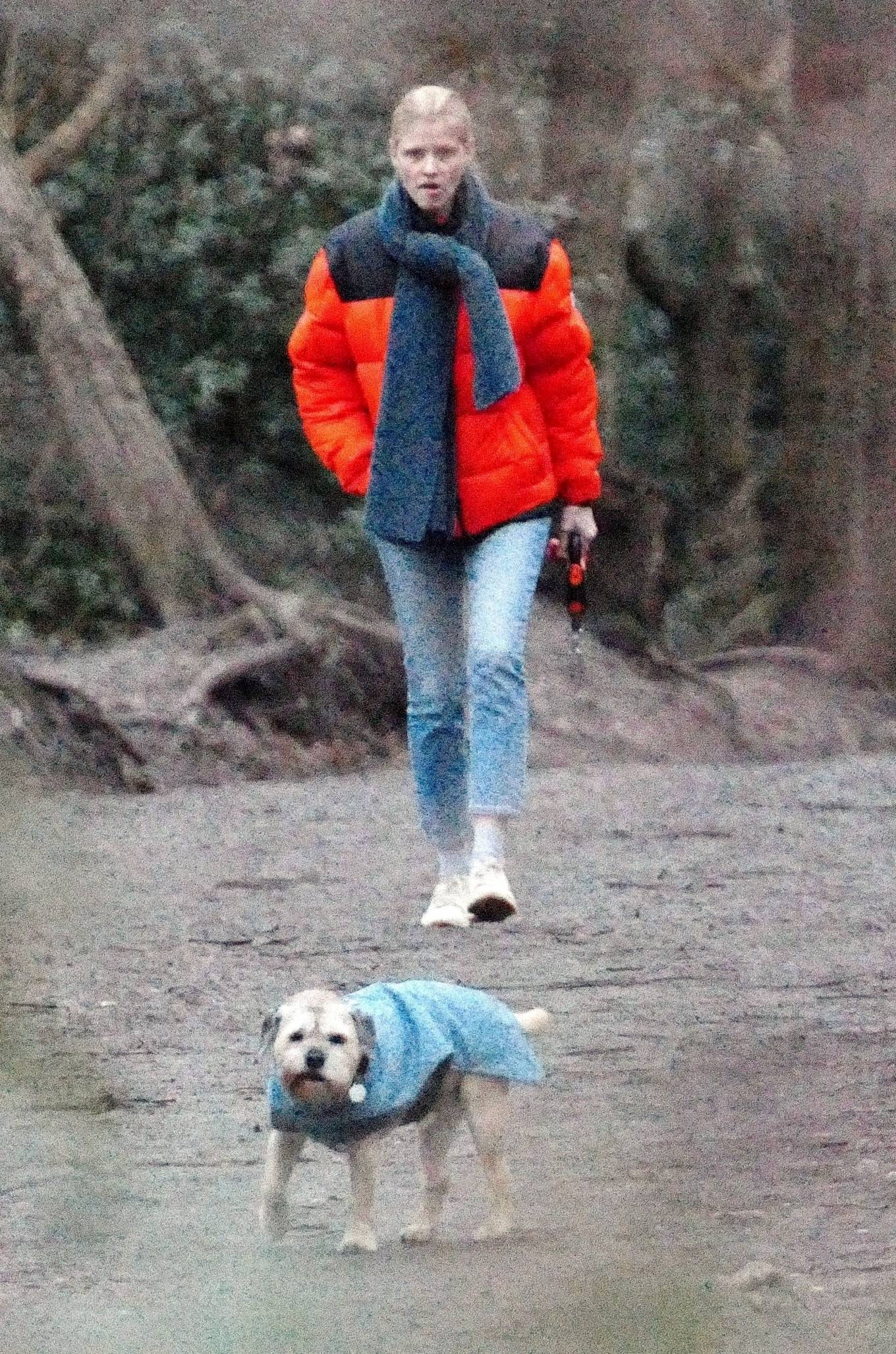 Lara Stone - Out with her dog