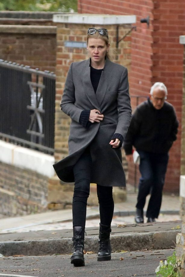 Lara Stone - Spotted while out in North London