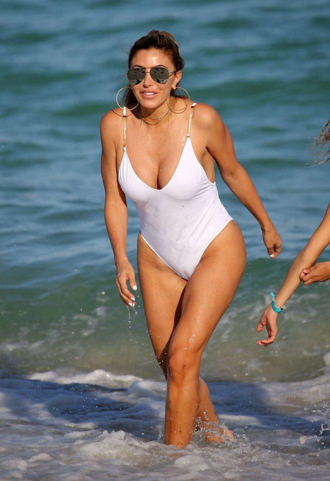 Larsa In On Miami White BeachGotceleb Swimsuit Pippen YgvIbf7y6