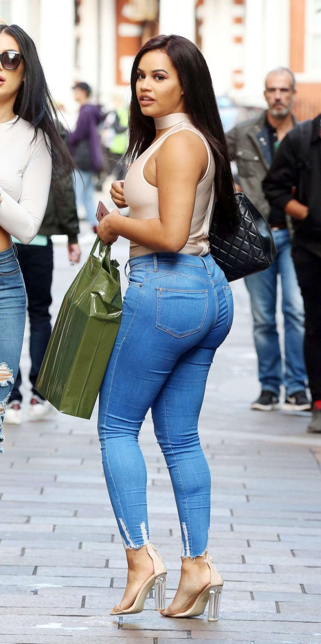 Lateysha Grace photos
