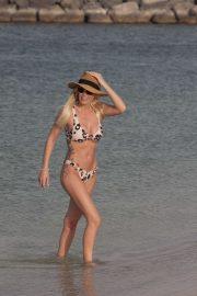 Laura Anderson in Bikini on the beach in Dubai