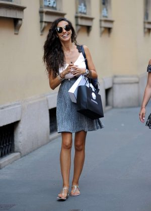 Laura Barriales - Shopping in Milan