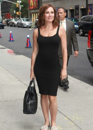 Laura Benanti - Arrives to 'The Late Show with Stephen Colbert' in NY
