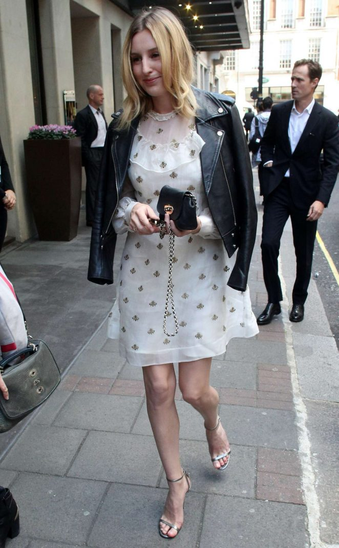 Laura Carmichael - Arrives at a Central London Hotel