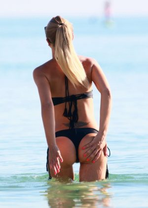 Laura Cremaschi: Black Bikini Candids on Miami Beach-06