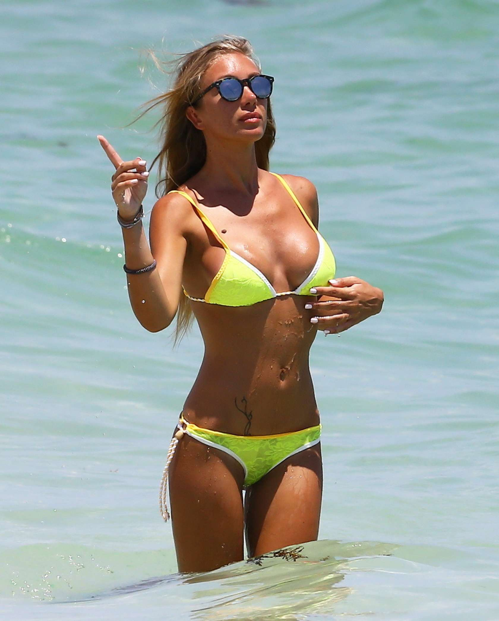 Laura Cremaschi 2016 : Laura Cremaschi: Hot In a bikini in Miami-06